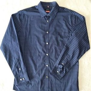 NWOT Van Heusen Button Down Shirt Size M (15-15.5)